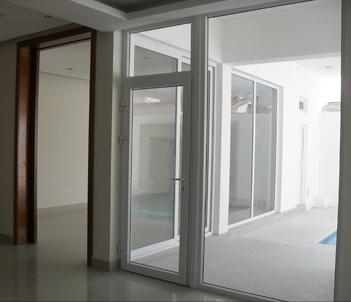 Cw comfort windows for Ventanas pvc gris antracita